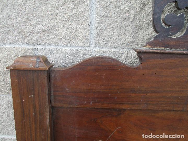 Antigüedades: Pareja de Cabezales de Cama - Isabelinos - Cabezal - Madera de Nogal - Bonitas Taraceas - S. XIX - Foto 9 - 136660630