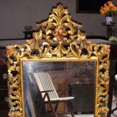 Antigüedades: ESPEJO DORADO ANTIGUO. TALLADO EN MADERA.. Lote 92704195
