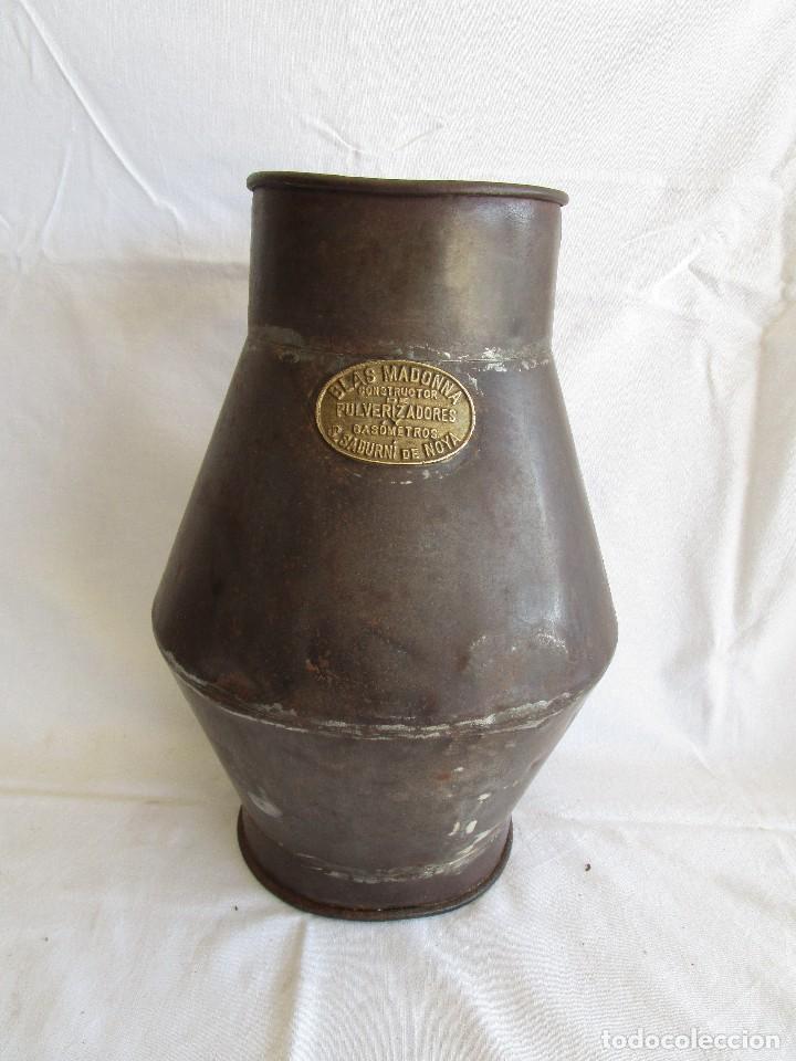 ANTIGUO RECIPIENTE MEDIDA BLAS MADONNA SANT SADURNI DE NOYA (Antigüedades - Técnicas - Rústicas - Utensilios del Hogar)
