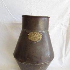 Antigüedades: ANTIGUO RECIPIENTE MEDIDA BLAS MADONNA SANT SADURNI DE NOYA. Lote 92720610