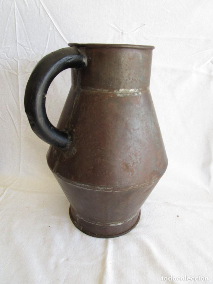Antigüedades: antiguo recipiente medida blas madonna sant sadurni de noya - Foto 5 - 92720610