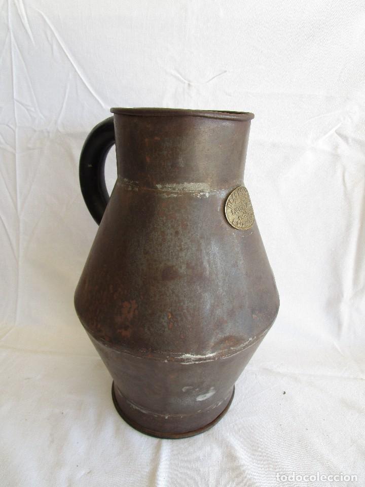Antigüedades: antiguo recipiente medida blas madonna sant sadurni de noya - Foto 6 - 92720610
