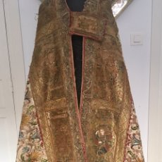 Antigüedades: IMPRESIONANTE CAPA PLUVIAL ESPAÑOLA . PIEZA DE MUSEO. BORDADO ORO . SIGLO XV-XVI. Lote 92734722