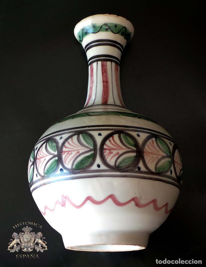 JARRÓN CERÁMICA TALAVERA 21,5 CM DE ALTO (Antigüedades - Porcelanas y Cerámicas - Talavera)