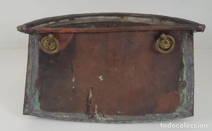 Antigüedades: ANTIGUO MACETERO EN COBRE. ASAS EN HIERRO FORJADO. ESPAÑA. SIGLO XIX. - Foto 4 - 92815750