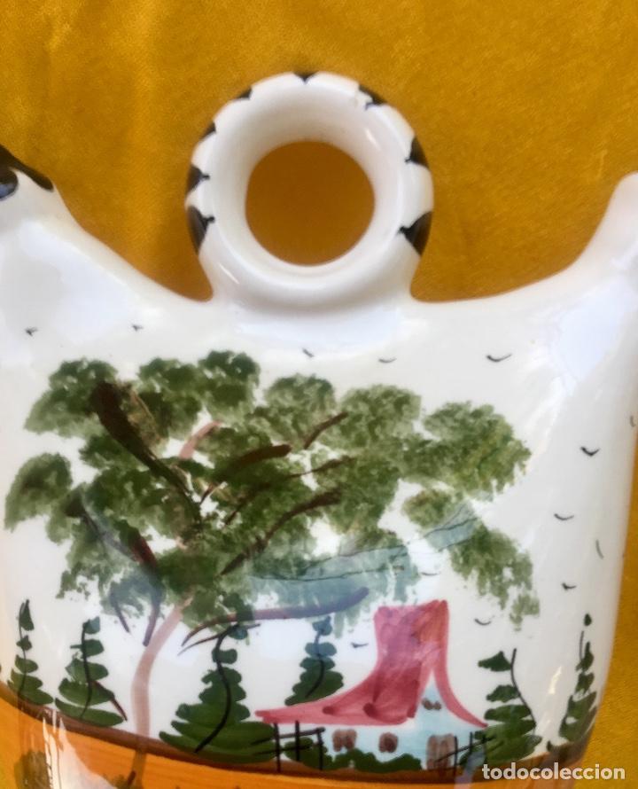 Antigüedades: Botijo loza ceramica valencia manises pintado a mano paisaje barraca forma gallina 1960 - Foto 12 - 92873930