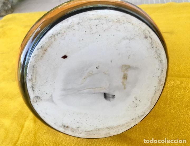 Antigüedades: Botijo loza ceramica valencia manises pintado a mano paisaje barraca forma gallina 1960 - Foto 17 - 92873930