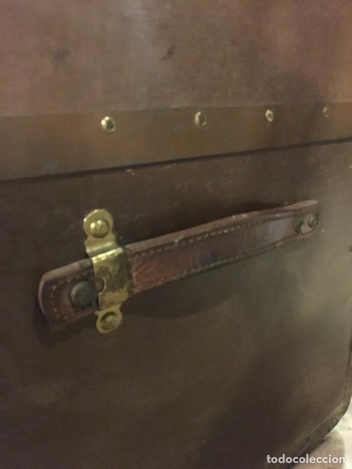 Antigüedades: baúl antiguo arcón de viaje cartone madera y bronce - Foto 3 - 92891747