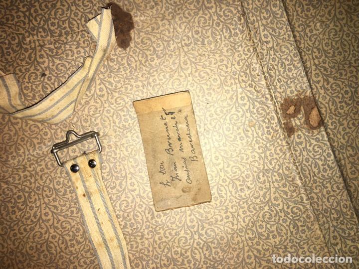 Antigüedades: baúl antiguo arcón de viaje cartone madera y bronce - Foto 8 - 92891747