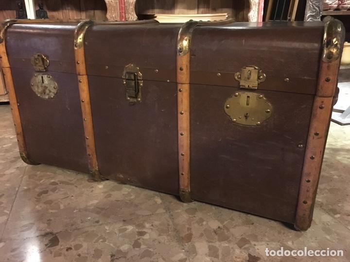 Antigüedades: baúl antiguo arcón de viaje cartone madera y bronce - Foto 16 - 92891747