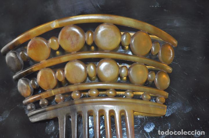 Antigüedades: PEINA , PEINETE TALLADA EN ASTA DEL S. XIX - Foto 4 - 116849403