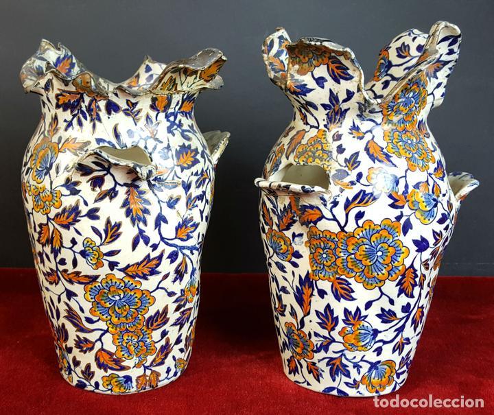 PAREJA DE JARRONES. CERÁMICA CATALANA ESMALTADA. SIGLO XIX-XX. (Antigüedades - Porcelanas y Cerámicas - Catalana)
