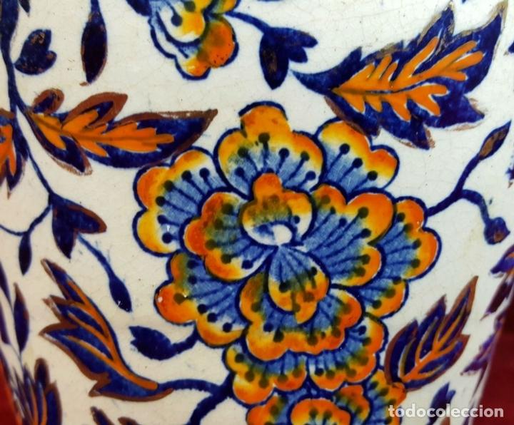 Antigüedades: PAREJA DE JARRONES. CERÁMICA CATALANA ESMALTADA. SIGLO XIX-XX. - Foto 2 - 92967090