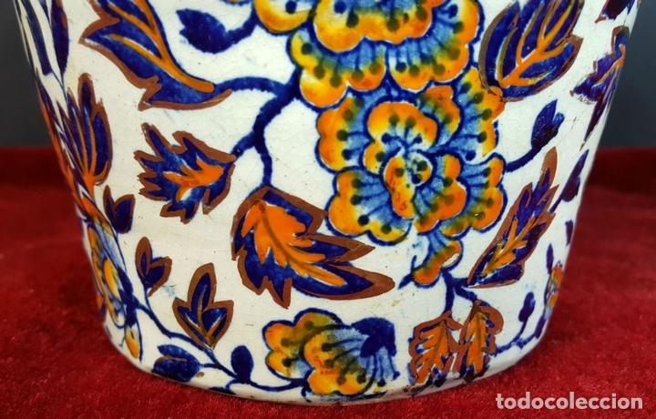 Antigüedades: PAREJA DE JARRONES. CERÁMICA CATALANA ESMALTADA. SIGLO XIX-XX. - Foto 3 - 92967090