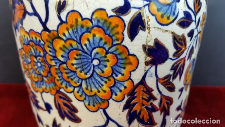 Antigüedades: PAREJA DE JARRONES. CERÁMICA CATALANA ESMALTADA. SIGLO XIX-XX. - Foto 12 - 92967090