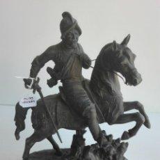 Antigüedades: FIGURA DE CABALLISTA DE CALAMINA, SIGLO XIX. Lote 92969605