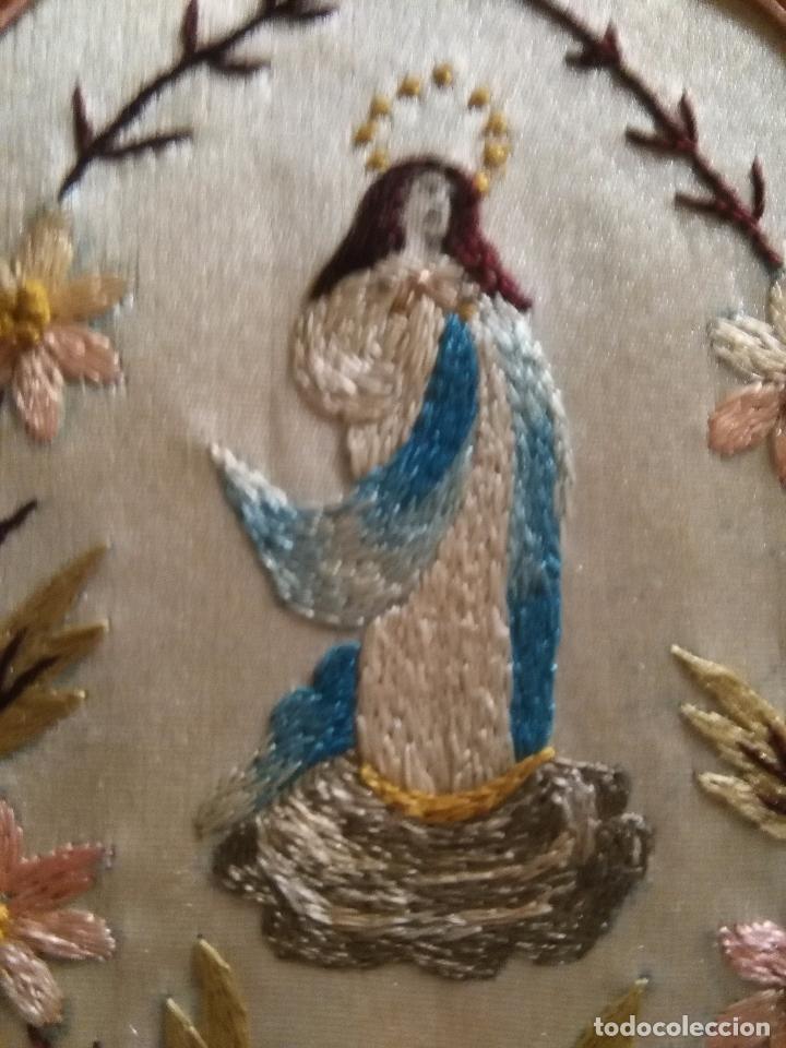 Antigüedades: original escapulario virgen inmaculada bordados en sedas de colores - detente - semana santa - Foto 6 - 92973935