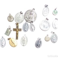 Antigüedades: LOTE DE MEDALLITAS RELIGIOSAS . Lote 92982270