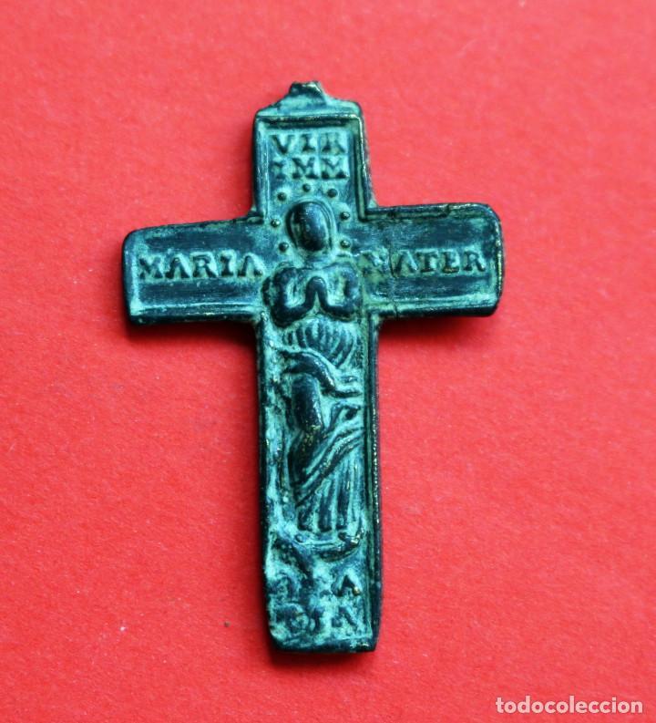 ANTIGUA MEDALLA-CRUZ BIFAZ INMACULADA Y CRUCIFICADO S.XVII (Antigüedades - Religiosas - Medallas Antiguas)
