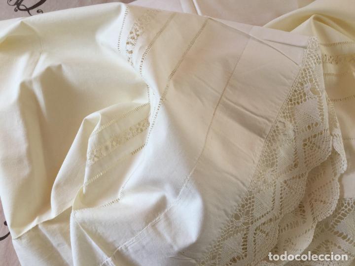 Antigüedades: Funda de almohada. Almohadón. Siglo XIX. Bordados. Único. Fotos - Foto 10 - 93234760