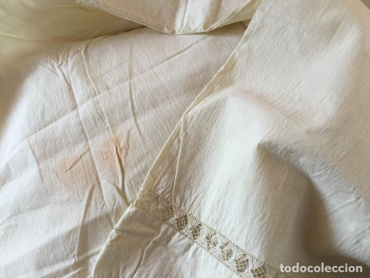 Antigüedades: Funda de almohada. Almohadón. Bordados. Siglo XIX. Único. Iniciales bordadas - Foto 4 - 93235200