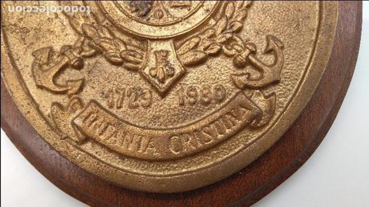 Antigüedades: Antigua metopa militar de gran calidad de bronce y madera INFANTA CRISTINA. - Foto 4 - 93240195