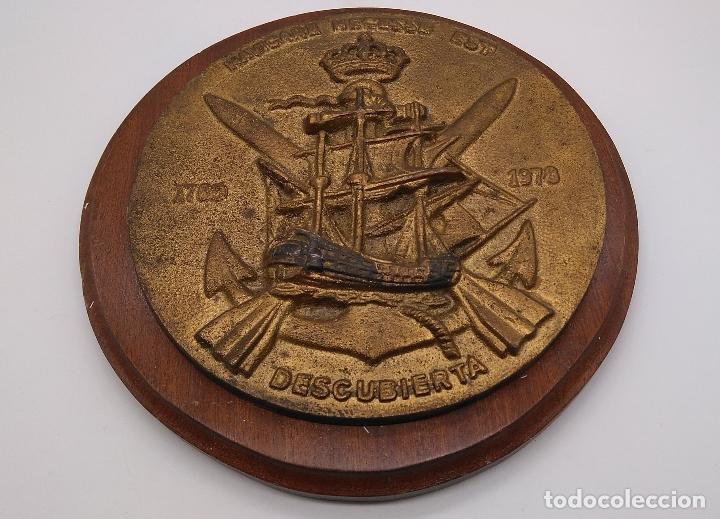 Antigüedades: Antigua metopa militar de gran calidad de bronce y madera DESCUBIERTA. - Foto 2 - 93240355