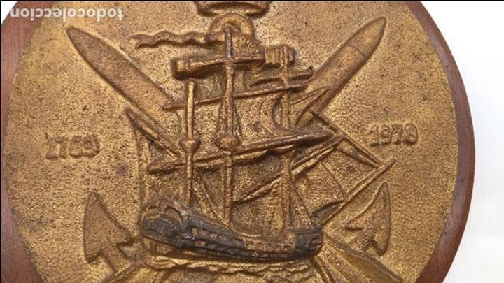 Antigüedades: Antigua metopa militar de gran calidad de bronce y madera DESCUBIERTA. - Foto 5 - 93240355