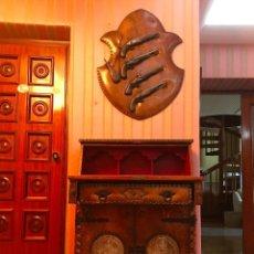 Antigüedades: BUREAU ESTILO MEDIEVAL S.XVIII. Lote 93290100