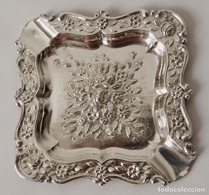 CENICERO DE PLATA DE LEY CONTRASTADA. 15,5 GRAMOS. 7 X 7 CM. VER FOTOS Y DESCRIPCION (Antigüedades - Platería - Plata de Ley Antigua)