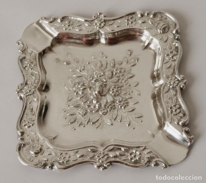 Antigüedades: CENICERO DE PLATA DE LEY CONTRASTADA. 15,5 GRAMOS. 7 X 7 CM. VER FOTOS Y DESCRIPCION - Foto 2 - 93304535