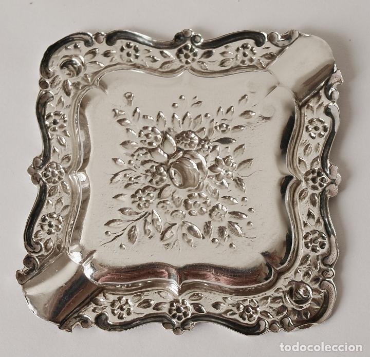 Antigüedades: CENICERO DE PLATA DE LEY CONTRASTADA. 15,5 GRAMOS. 7 X 7 CM. VER FOTOS Y DESCRIPCION - Foto 3 - 93304535