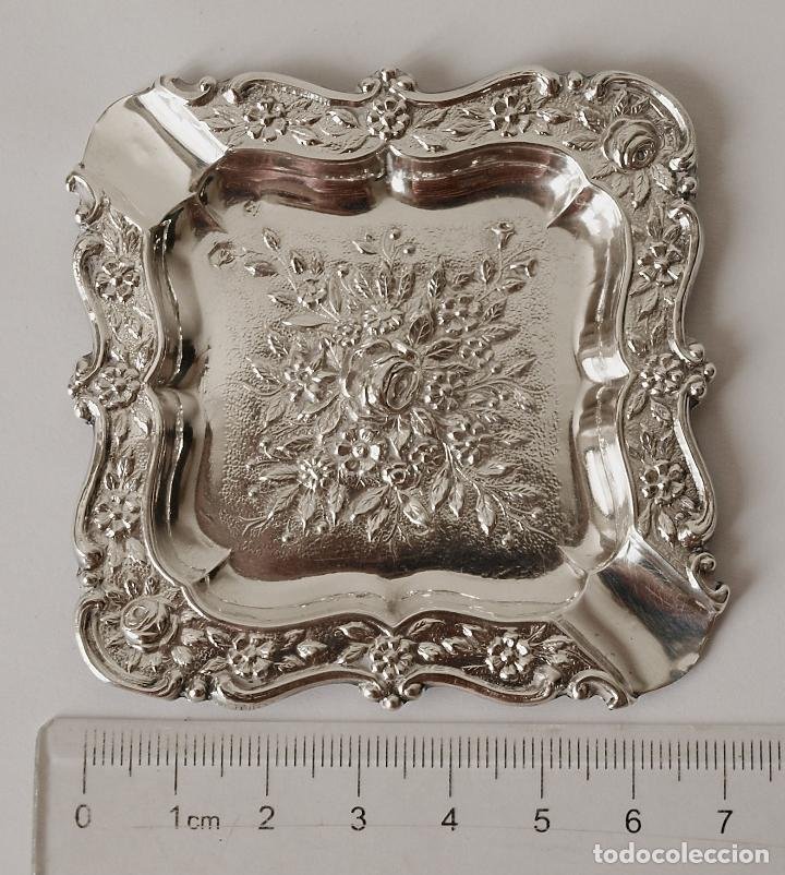 Antigüedades: CENICERO DE PLATA DE LEY CONTRASTADA. 15,5 GRAMOS. 7 X 7 CM. VER FOTOS Y DESCRIPCION - Foto 10 - 93304535