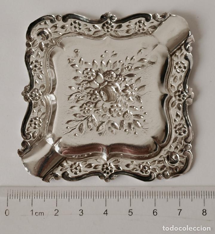 Antigüedades: CENICERO DE PLATA DE LEY CONTRASTADA. 15,5 GRAMOS. 7 X 7 CM. VER FOTOS Y DESCRIPCION - Foto 11 - 93304535