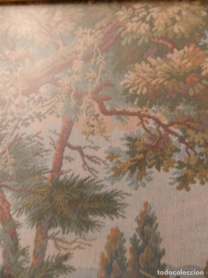 Antigüedades: TRES FINOS TAPICES FRANCESES,MECANICOS, S.XX ROMANTICISMO.MARCO MADERA DORADA 75MM.CON MARIALUISA - Foto 20 - 93354565