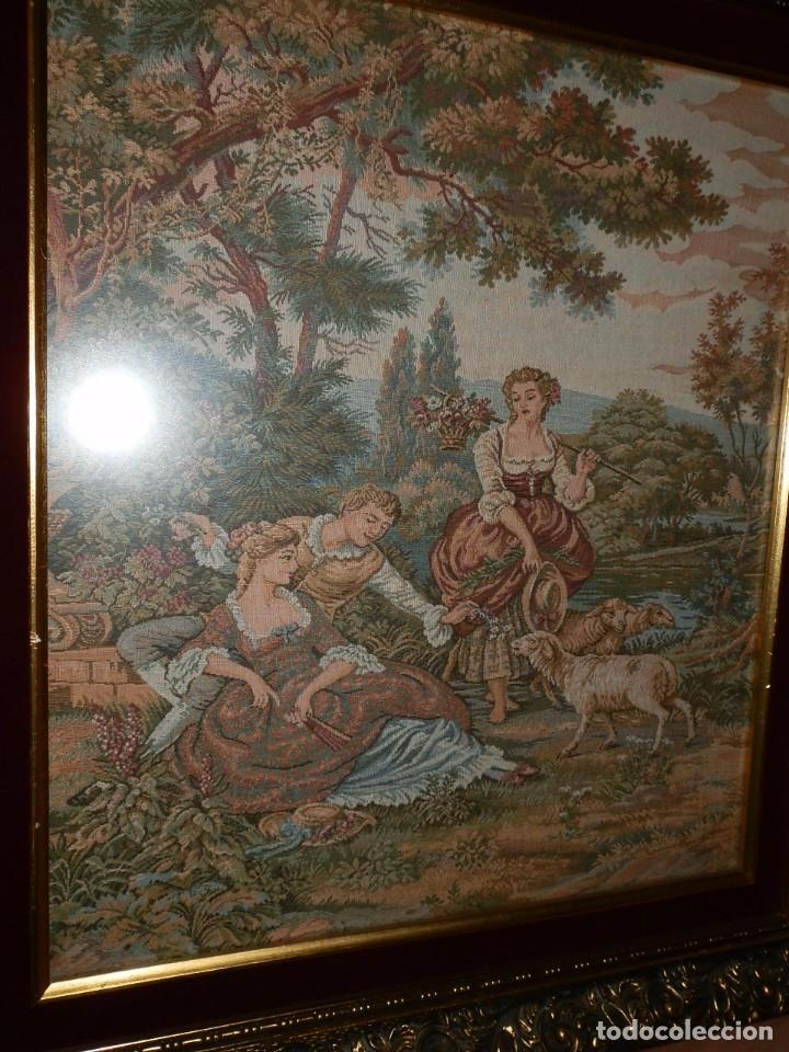 Antigüedades: TRES FINOS TAPICES FRANCESES,MECANICOS, S.XX ROMANTICISMO.MARCO MADERA DORADA 75MM.CON MARIALUISA - Foto 22 - 93354565
