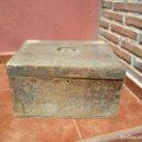 Antigüedades: ARQUETA EN MADERA DE CHOPO SIGLO XVIII . Lote 93410000