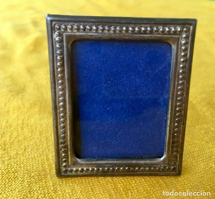 marco pequeño de fotos plata y plastico 1980 re - Comprar Marcos ...