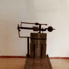 Antigüedades: BÁSCULA DE SINDICATO. Lote 93705285