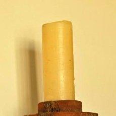 Antigüedades: CANDELERO DE CERÁMICA EN ARCILLA BASTA - FIRMADA POR CERAMISTA GURRIATA. Lote 93731610