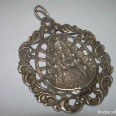Antigüedades: ANTIGUA Y BONITA MEDALLA.....VIRGEN DEL ROCIO...SIGLO XIX.. Lote 93754940