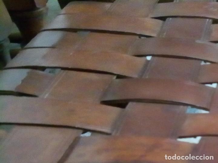 Antigüedades: 6 sillas antiguas, tipo castellano con asientos de cuero, ver fotos - Foto 7 - 93807465