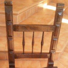 Antigüedades: SILLA ANTIGUA DE MADERA MACIZA LABRADA. Lote 93862395
