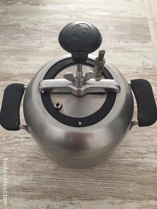 OLLA EXPRÉS O A PRESIÓN BELLVÍS CBC ZARAGOZA (Antigüedades - Técnicas - Rústicas - Utensilios del Hogar)