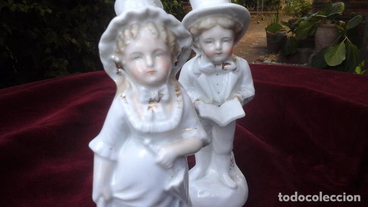 Antigüedades: Pareja de figuras en porcelana inglesa - Foto 3 - 93945205