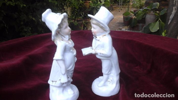 Antigüedades: Pareja de figuras en porcelana inglesa - Foto 6 - 93945205