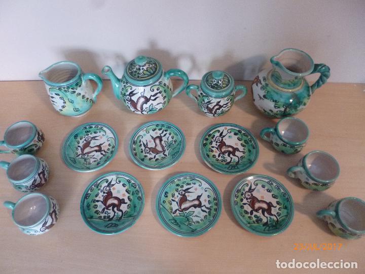 Antigüedades: Juego de café Puente del Arzobispo. 15 piezas taller La Purisima mas 1 jarra de agua independiente. - Foto 2 - 93963385