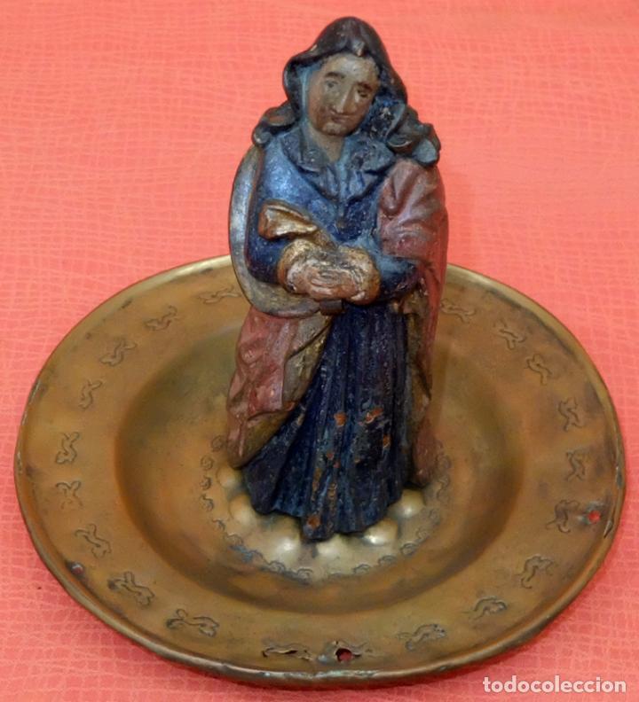 ANTIGUO PLATO PETITORIO DE FINALES DEL SIGLO XVII (Antigüedades - Religiosas - Varios)