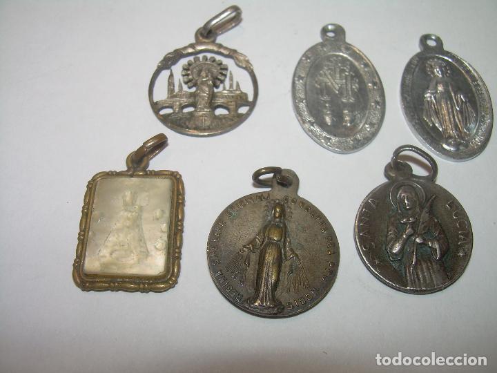 Antigüedades: NUEVE ANTIGUAS MEDALLAS..DIVERSOS MATERIALES..DE PLATA, NACAR. ETC. - Foto 2 - 111184402