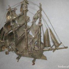 Antigüedades: PRECIOSO BARCO CON BAÑO DE PLATA. Lote 94136165